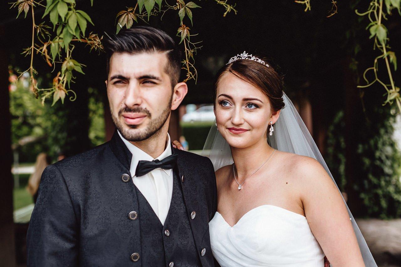Hochzeitsfotoshooting des Brautpaares in Mannheim